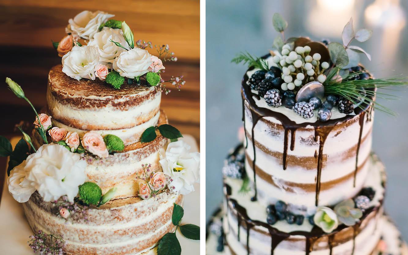 Zwei dreistöckige Naked Cakes. Die Linke verziert mit zarten Blüten in rosé und weiß. Die Rechte ist etwas außergewöhnlicher verziert mit Brombeeren, weißen Blüten, Eukalyptus und blauen Macarons. Am Rand der Torte läuft eine Schokoladenglasur herunter